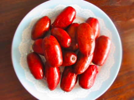Fresh red dates!